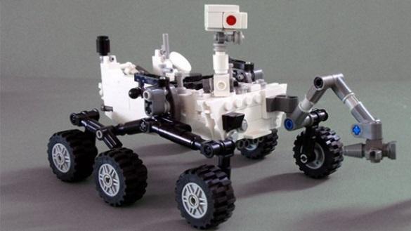 LEGO Mars rover set