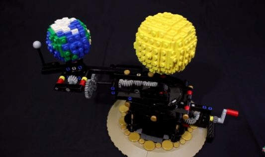 Un planétaire mécanique en LEGO